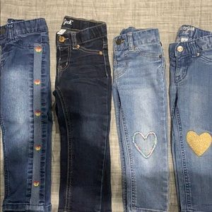Lot of 4 size 2T girls' jeans